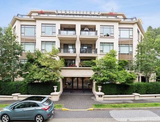 "Photo 1: 204 533 WATERS EDGE Crescent in West Vancouver: Park Royal Condo for sale in ""Water's Edge"" : MLS®# R2404278"