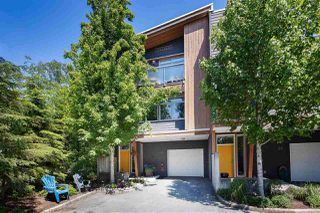 Photo 1: 37 39893 GOVERNMENT ROAD in Squamish: Northyards Townhouse for sale : MLS®# R2407142