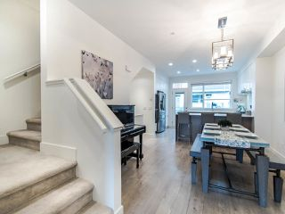 """Photo 7: 21 2958 159 Street in Surrey: Grandview Surrey Townhouse for sale in """"WILLS BROOK"""" (South Surrey White Rock)  : MLS®# R2436123"""