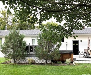 Photo 3: 109 Carrol Street in Lampman: Residential for sale : MLS®# SK803974