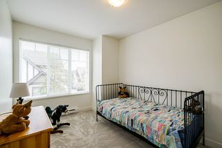 """Photo 10: 52 20038 70 Avenue in Langley: Willoughby Heights Townhouse for sale in """"Daybreak"""" : MLS®# R2452614"""
