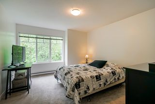 """Photo 8: 52 20038 70 Avenue in Langley: Willoughby Heights Townhouse for sale in """"Daybreak"""" : MLS®# R2452614"""