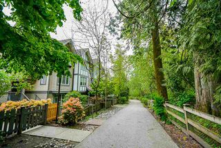 """Photo 19: 52 20038 70 Avenue in Langley: Willoughby Heights Townhouse for sale in """"Daybreak"""" : MLS®# R2452614"""