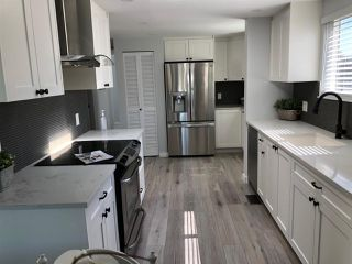 Photo 10: 167 1840 160TH Street in Surrey: King George Corridor Manufactured Home for sale (South Surrey White Rock)  : MLS®# R2453903