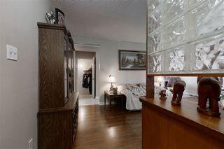 Photo 2: 3012 105 Avenue in Edmonton: Zone 23 House for sale : MLS®# E4198282