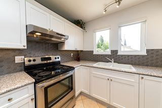 Photo 13: 1106 ST. GEORGES Avenue in North Vancouver: Central Lonsdale Townhouse for sale : MLS®# R2460985