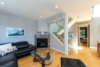 Photo 5: 1106 ST. GEORGES Avenue in North Vancouver: Central Lonsdale Townhouse for sale : MLS®# R2460985