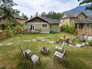 """Photo 29: 41424 DRYDEN Road in Squamish: Brackendale House for sale in """"BRACKEN ARMS"""" : MLS®# R2480357"""