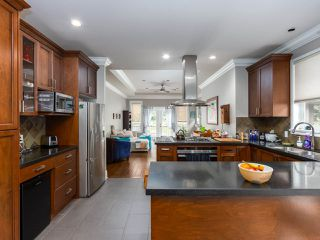 """Photo 11: 41424 DRYDEN Road in Squamish: Brackendale House for sale in """"BRACKEN ARMS"""" : MLS®# R2480357"""