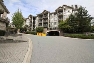 """Photo 4: 209 9233 GOVERNMENT Street in Burnaby: Government Road Condo for sale in """"SANDLEWOOD"""" (Burnaby North)  : MLS®# R2503500"""