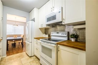 Photo 14: 510 2562 Departure bay Rd in : Na Departure Bay Condo for sale (Nanaimo)  : MLS®# 858669