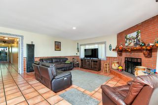 Photo 6: SAN YSIDRO House for sale : 3 bedrooms : 3718 Beyer Blvd