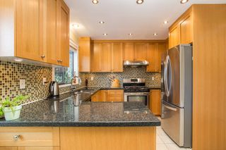 Photo 9: 10621 HOLLYBANK Drive in Richmond: Steveston North House for sale : MLS®# R2523570