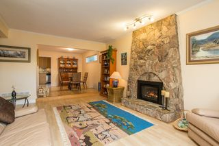 Photo 5: 10621 HOLLYBANK Drive in Richmond: Steveston North House for sale : MLS®# R2523570