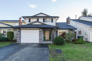 Photo 1: 10621 HOLLYBANK Drive in Richmond: Steveston North House for sale : MLS®# R2523570