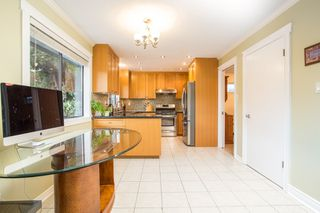 Photo 11: 10621 HOLLYBANK Drive in Richmond: Steveston North House for sale : MLS®# R2523570