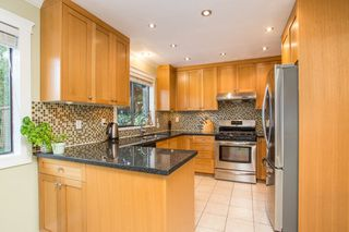 Photo 10: 10621 HOLLYBANK Drive in Richmond: Steveston North House for sale : MLS®# R2523570
