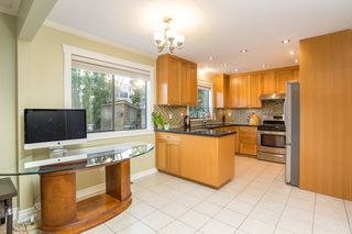 Photo 12: 10621 HOLLYBANK Drive in Richmond: Steveston North House for sale : MLS®# R2523570