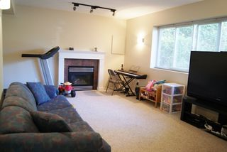 Photo 9: 5811 ANGUS Place in SURREY: Cloverdale BC House for sale (Cloverdale)  : MLS®# F1217461