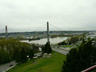 Photo 8: 703 38 LEOPOLD PL in New Westminster: Downtown NW Condo for sale : MLS®# V586955