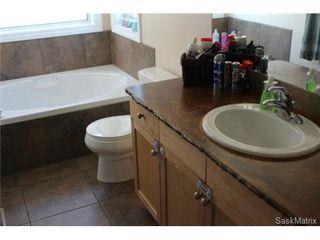 Photo 9: 4418 MEADOWSWEET Lane in Regina: Lakeridge Single Family Dwelling for sale (Regina Area 01)  : MLS®# 457595