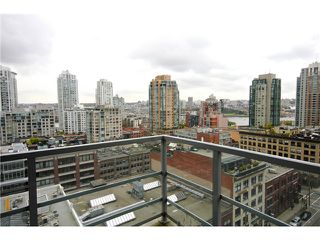 "Main Photo: 1305 1133 HOMER Street in Vancouver: Yaletown Condo for sale in ""H&H"" (Vancouver West)  : MLS®# V1000514"