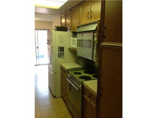 Photo 5: SAN DIEGO Condo for sale : 2 bedrooms : 4412 Collwood Lane