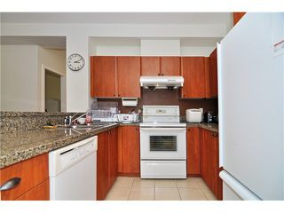 """Photo 4: 111 7089 MONT ROYAL Square in Vancouver: Champlain Heights Condo for sale in """"CHAMPLAIN VILLAGE"""" (Vancouver East)  : MLS®# V1019730"""