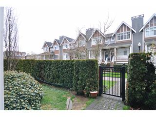 "Photo 12: 111 7089 MONT ROYAL Square in Vancouver: Champlain Heights Condo for sale in ""CHAMPLAIN VILLAGE"" (Vancouver East)  : MLS®# V1019730"