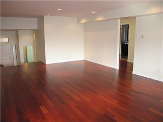 Photo 4: # 205 444 W 49TH AV in Vancouver: South Cambie Condo for sale (Vancouver West)  : MLS®# V1028974