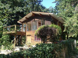 Photo 1: 3028 LOWER Road: Roberts Creek House for sale (Sunshine Coast)  : MLS®# V1079722