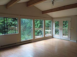Photo 3: 3028 LOWER Road: Roberts Creek House for sale (Sunshine Coast)  : MLS®# V1079722