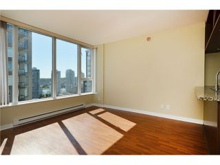 Photo 3: # 1806 1010 RICHARDS ST in Vancouver: Yaletown Condo for sale (Vancouver West)  : MLS®# V1086266
