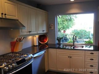 Photo 10: 555 FAIRWAYS PLACE in COBBLE HILL: Z3 Cobble Hill Half Duplex for sale (Zone 3 - Duncan)  : MLS®# 416417