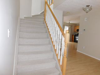 Photo 10: 3 Bedroom half Duplex in Westgrove area of Edson, AB