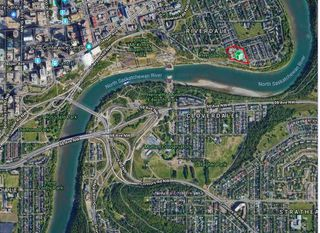 Photo 2: #401 9008 99 AV NW in Edmonton: Zone 13 Condo for sale : MLS®# E4124296
