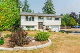 Photo 2: 20235 36th Avenue in Langley: Brookswood Langley House for sale : MLS®# R2301406