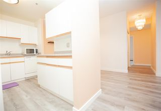 Photo 4: 907 11211 85 Street in Edmonton: Zone 05 Condo for sale : MLS®# E4175558