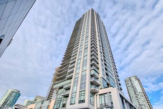 "Photo 1: 1206 6098 STATION Street in Burnaby: Metrotown Condo for sale in ""STATION SQUARE"" (Burnaby South)  : MLS®# R2422068"