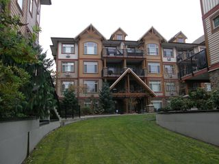 Photo 3: 205 12565 190A Street in CEDAR DOWNS: Home for sale : MLS®# r2207991