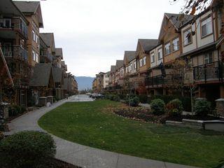 Photo 8: 205 12565 190A Street in CEDAR DOWNS: Home for sale : MLS®# r2207991