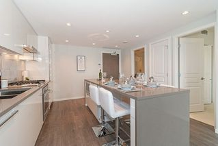 Photo 8: 1702 5883 BARKER AVENUE in Burnaby: Metrotown Condo for sale (Burnaby South)  : MLS®# R2420106