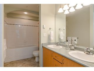 """Photo 14: 305 33485 SOUTH FRASER Way in Abbotsford: Central Abbotsford Condo for sale in """"Citadel Ridge"""" : MLS®# R2425076"""