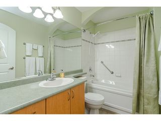 """Photo 17: 305 33485 SOUTH FRASER Way in Abbotsford: Central Abbotsford Condo for sale in """"Citadel Ridge"""" : MLS®# R2425076"""