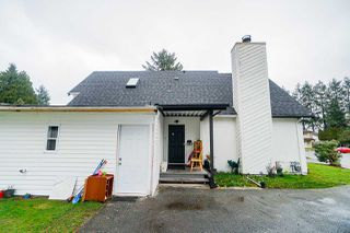 """Photo 3: 12906 72A Avenue in Surrey: Queen Mary Park Surrey House for sale in """"West Newton"""" : MLS®# R2425291"""