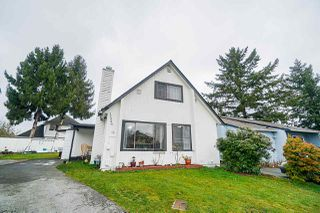 """Photo 2: 12906 72A Avenue in Surrey: Queen Mary Park Surrey House for sale in """"West Newton"""" : MLS®# R2425291"""