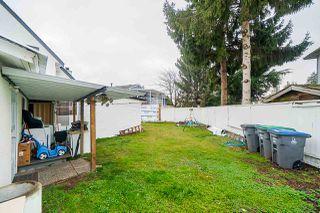 """Photo 19: 12906 72A Avenue in Surrey: Queen Mary Park Surrey House for sale in """"West Newton"""" : MLS®# R2425291"""