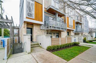 "Photo 19: 2337 BRUNSWICK Street in Vancouver: Mount Pleasant VE Townhouse for sale in ""9 ON THE PARK"" (Vancouver East)  : MLS®# R2448860"