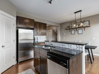 Photo 12: 607 New Brighton Drive SE in Calgary: New Brighton Detached for sale : MLS®# C4299788