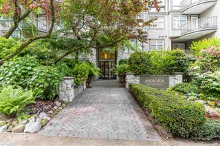 """Photo 3: 202 1388 NELSON Street in Vancouver: West End VW Condo for sale in """"ANDALUCA"""" (Vancouver West)  : MLS®# R2467765"""